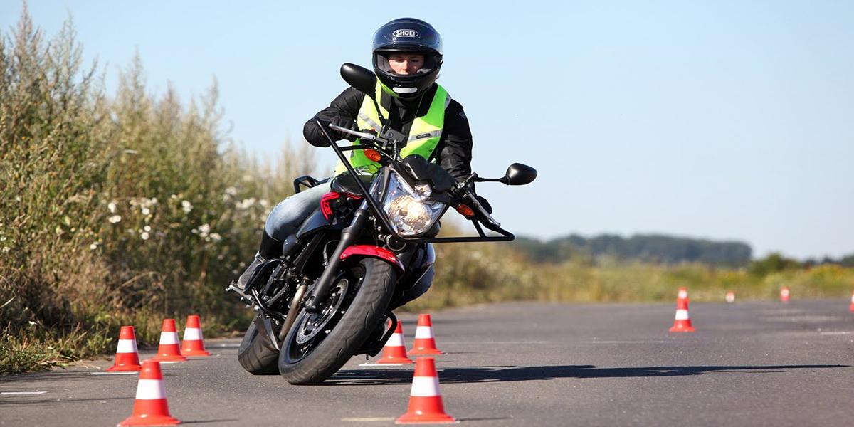 Permis moto : combien de temps cela prend-t-il ?